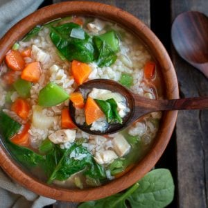 Immune Boosting Chicken and Rice Soup / https://www.hwcmagazine.com