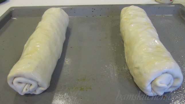 Beef and Cheddar Phyllo Wheels