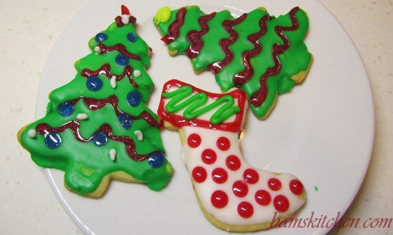 Prepare the visqueen Christmas cutout cookies