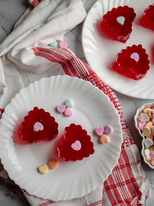 Valentine's Day Jello Jigglers / https://www.hwcmagazine.com