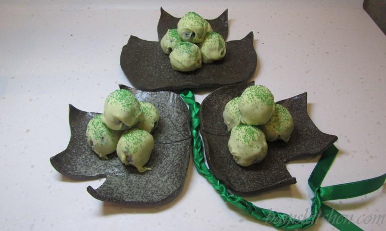 Shamrock Oreo Truffles