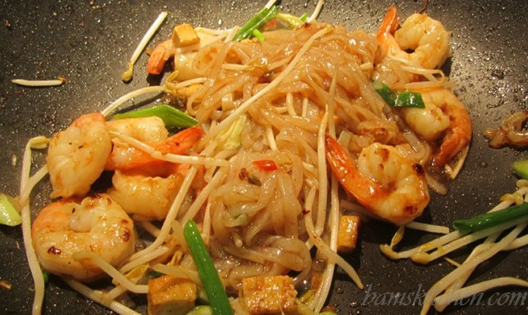 Pad Thai your way