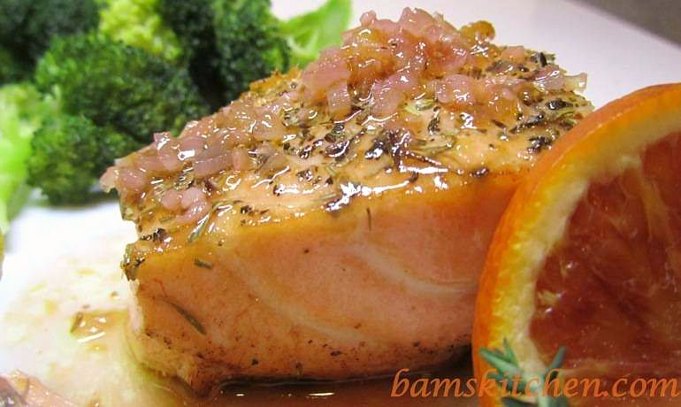 Sensational Summer Citrus Salmon / https://www.hwcmagazine.com