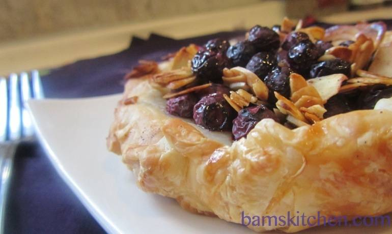 Blueberry Buckle almond Tart