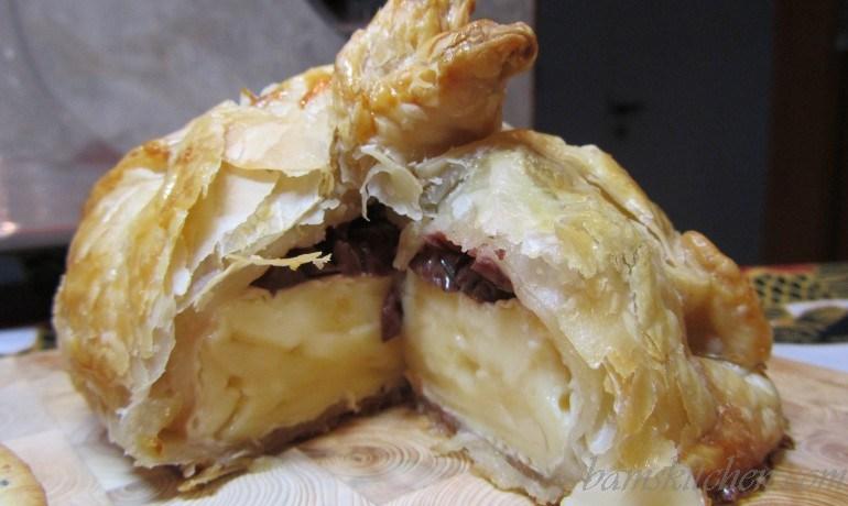 Mini Holiday Mediterranean Brie encroute