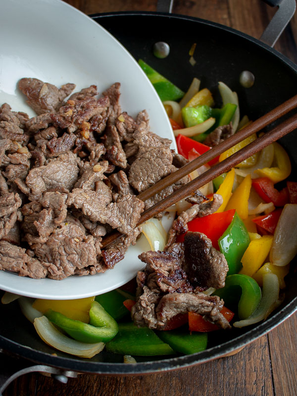 Beef and Peppers with Black Bean Sauce / https://www.hwcmagazine.com