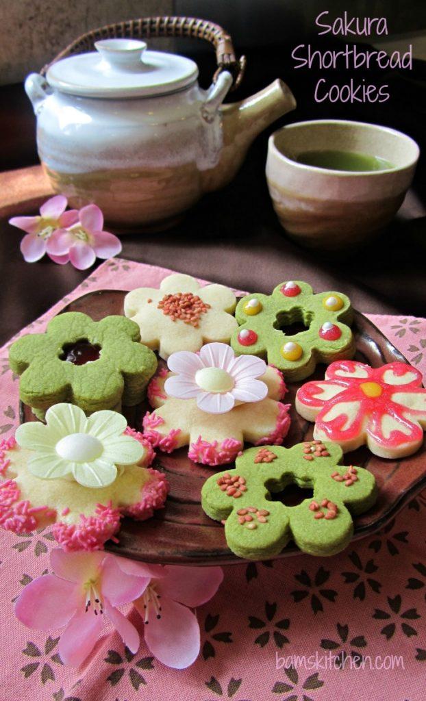 Sakura Shortbread Cookies / https://www.hwcmagazine.com