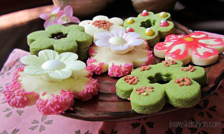 Sakura Shortbread Cookies/ https:www.hwcmagazine.com