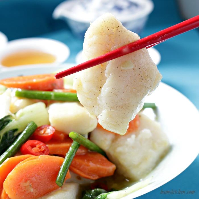 Ginger Chili Fish Stirfry/ http://bamskitchen.com/@bamskitchen