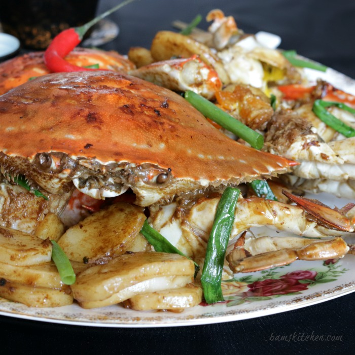 Stir Fried Flower Crab with Chinese New Year Cake - Bam's Kitchen