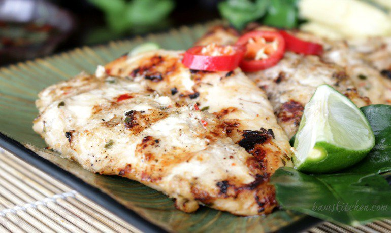 Thai Grilled Chicken Tenderloins and Zesty Dipping Sauce / https://www.hwcmagazine.com