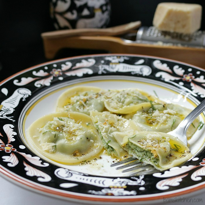 3 Cheese Ravioli with Sage Butter Sauce / https://www.hwcmagazine.com