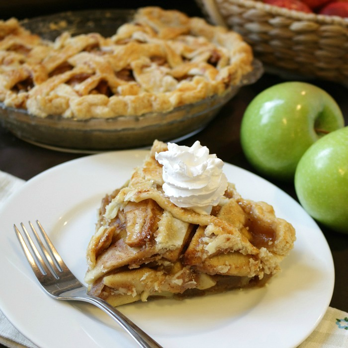 Grandma's Apple Pie / https://www.hwcmagazine.com