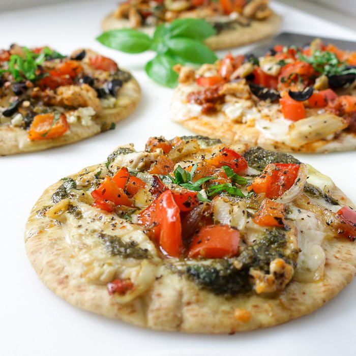 DIY Pita Pizza Party/ http://bamskitchen.com