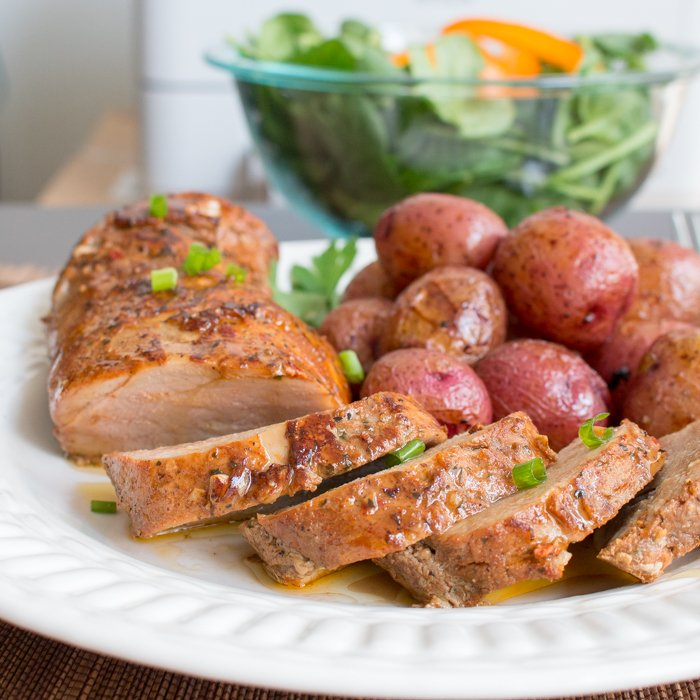 Thai Sweet Chili Pork Tenderloin / http://bamskitchen.com