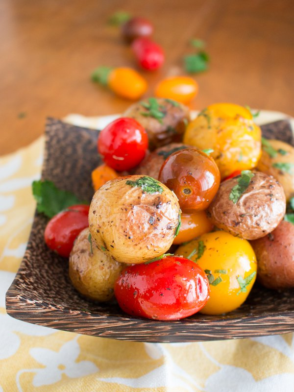 Herbs de Provence Baby Potatoes and Tomatoes / http://bamskitchen.com