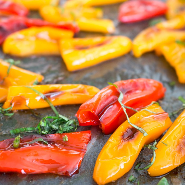 How to Roast Sweet Mini Peppers / http://bamskitchen.com