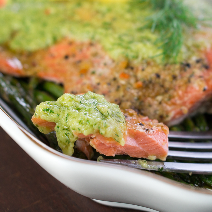 One Sheet Pan Dilly Lemon Salmon / https://www.hwcmagazine.com