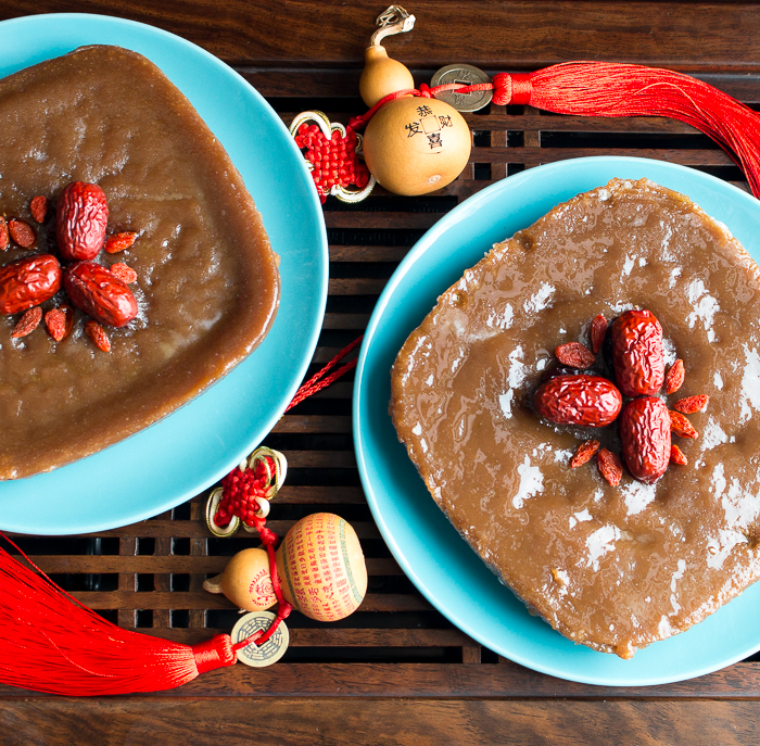 Chinese New Year Cake (Sticky Sweet Rice) / https://www.hwcmagazine.com