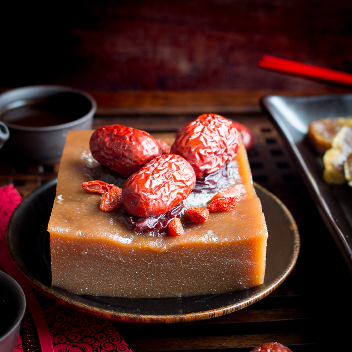 Chinese New Year Cake (Sticky Sweet Rice) / https://www.hwcmagazine.com