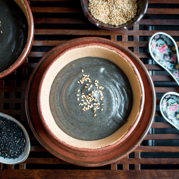 Hot Black Sesame Cereal / https://www.hwcmagazine.com