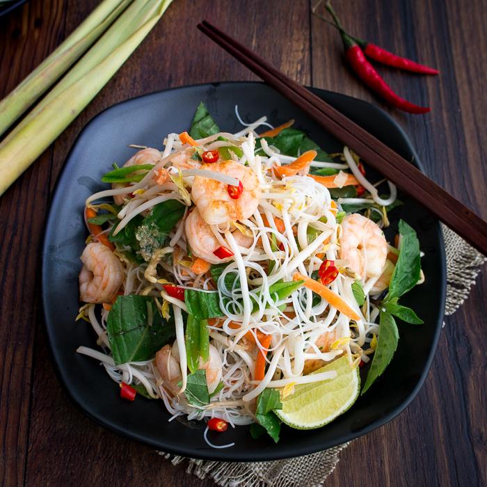 Vietnamese Shrimp Vermicelli Salad / https://www.hwcmagazine.com