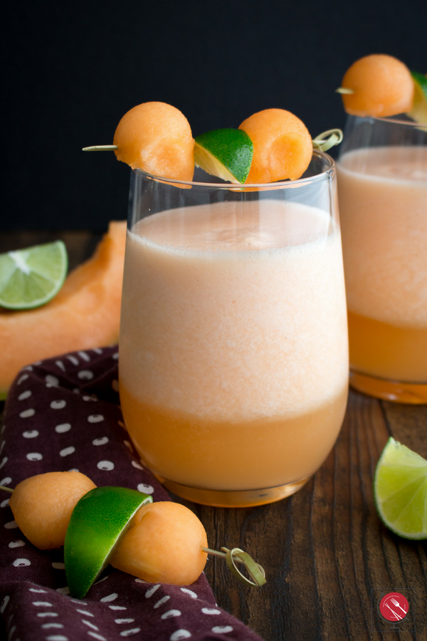 Cantaloupe Lime Agua Fresca/ #aguafresca #beverage #drink #summertime #cantaloupe #glutenfree #dairyfree #sugarfree/ https://www.hwcmagazine.com