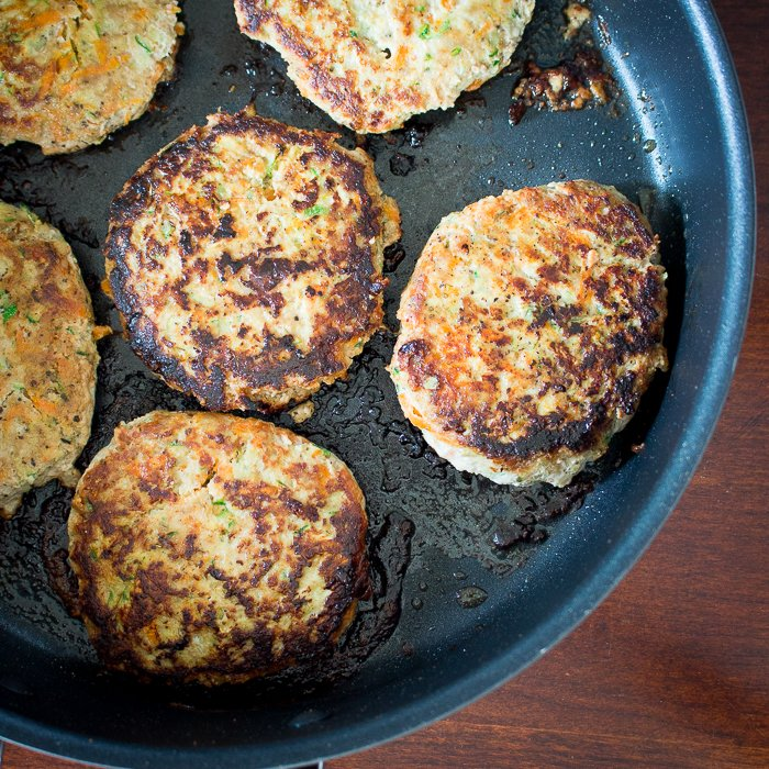 Low Carb Veggie Turkey Burger / https://www.hwcmagazine.com