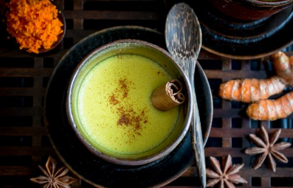 Easy Spiced Golden Milk / https://www.hwcmagazine.com