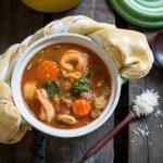 Instant Pot Italian Sausage Tortellini Soup / https://www.hwcmagazine.com