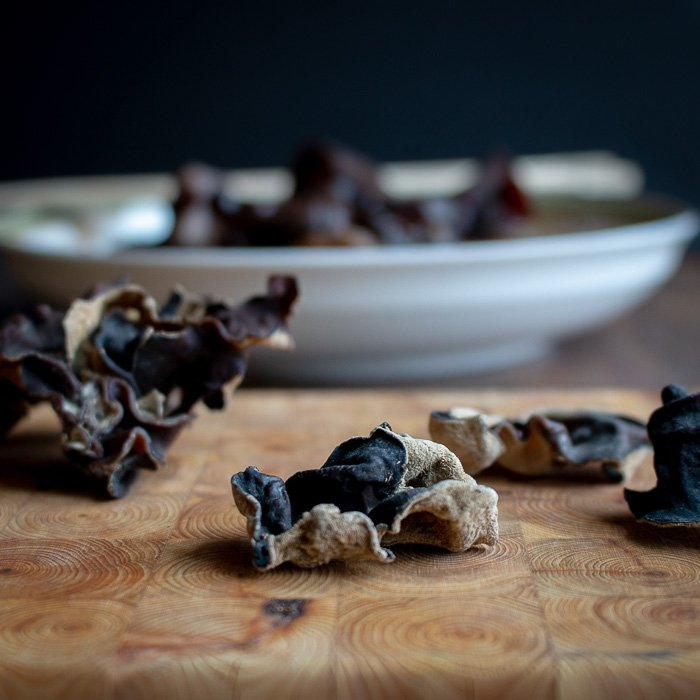 How to Prepare Wood Ear Mushrooms / https://www.hwcmagazine.com