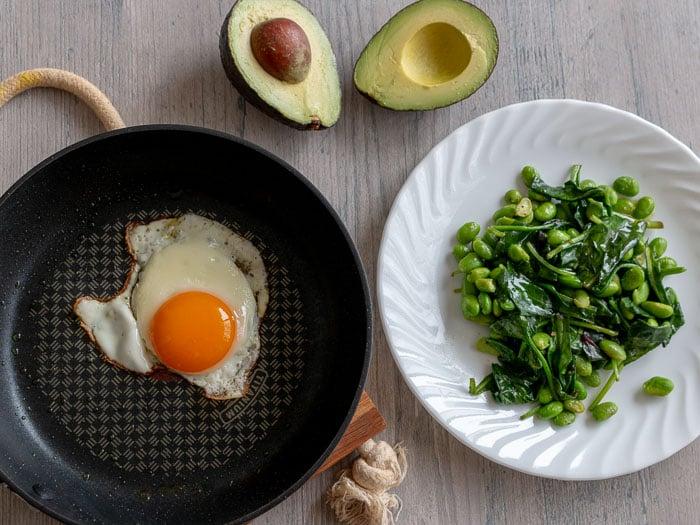 Sautéed Greens Breakfast Salad / https://www.hwcmagazine.com
