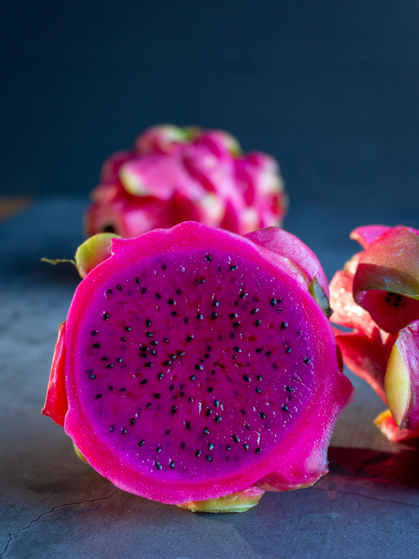 Ginger Citrus Dragon Fruit Smoothie/ https://www.hwcmagazine.com