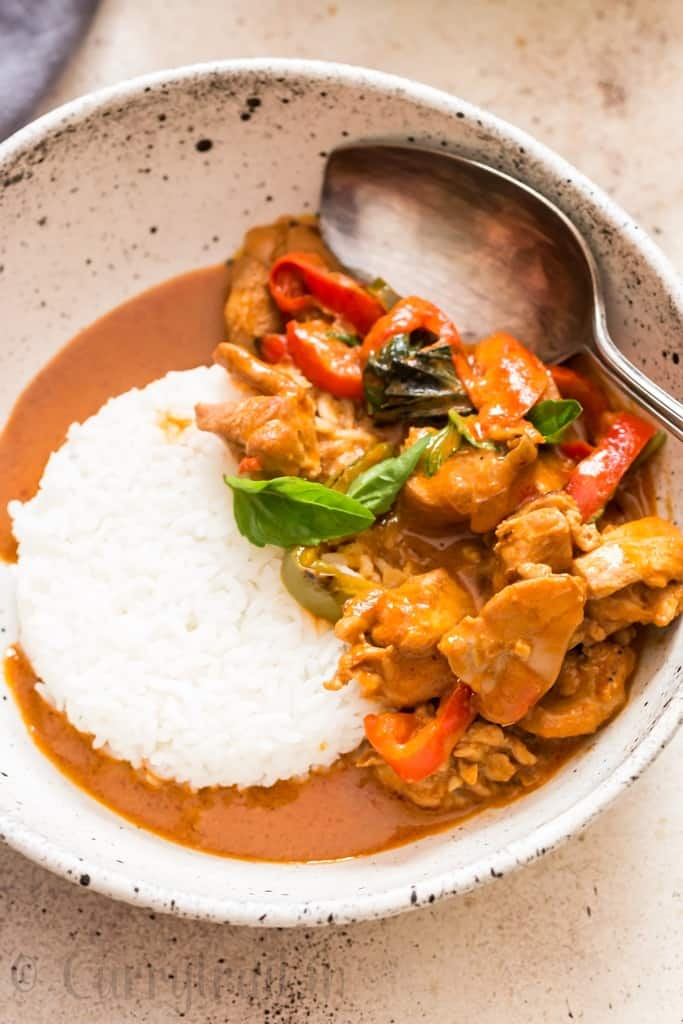48 Best Thai Recipes / https://www.hwcmagazine.com