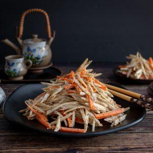 Sesame Burdock Root Salad / https://www.hwcmagazine.com